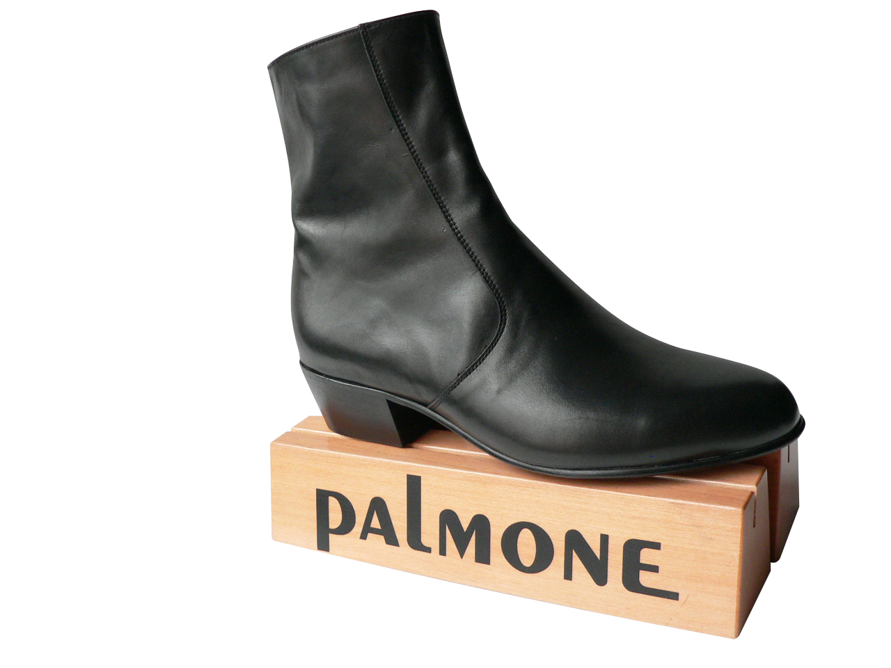Max Boot Palmone Shoes